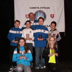 Najlepší Careťáci za rok 2012 v kat. E z ľava Korviniová, Nulíčková, Pálka, Michalčák, Vasil, Š. Tóth, tréner Fekiač