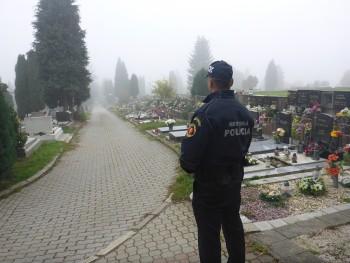 policia cintorin dusicky